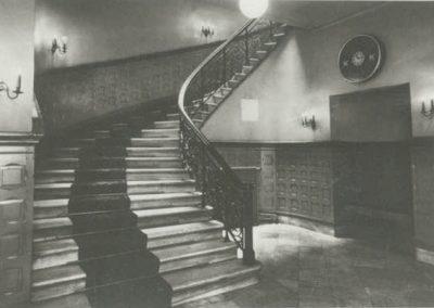 Treppe-zum-Theatersaal